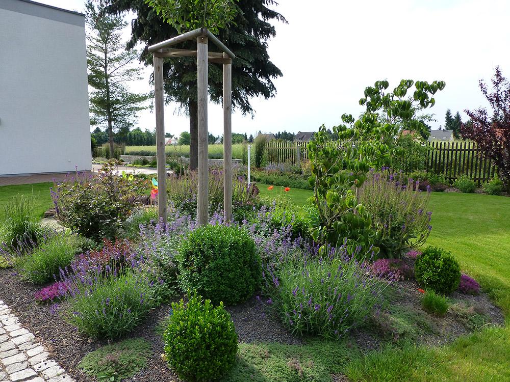 familiengarten eule gartenbau und landschaftsbau leipzig. Black Bedroom Furniture Sets. Home Design Ideas