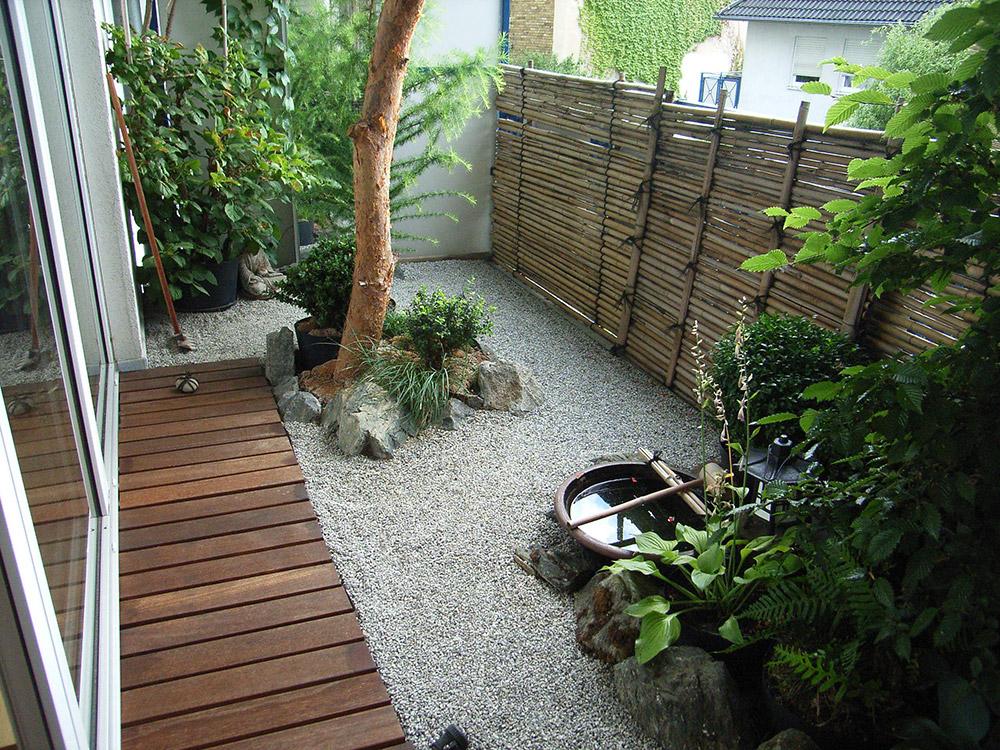 balkon im japanischem stil garten u landschaftsbau With französischer balkon mit steine für japanischer garten